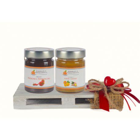Confezione regalo con mini pallet naturale e 2 confetture di Nonnaconcetta