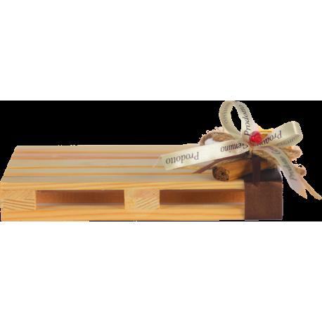 Confezione regalo con mini pallet colore naturale con  2 confetture di Nonnaconcetta