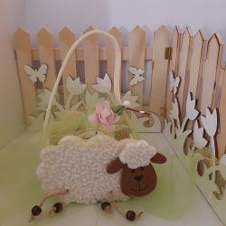 Confezione regalo con Borsetta in panno  a forma di pecorella  e 1 Marmellata di  Nonnaconcetta